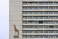 Germany, Berlin, facade with sign post to the zoo - KEB000087