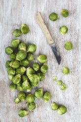 Brussels sprouts and a kitchen knife - EVGF001584