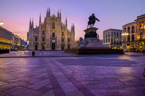 Italy, Milan, Cathedral with equestrian statue Vittorio Emanuele II in the morning - HAMF000013