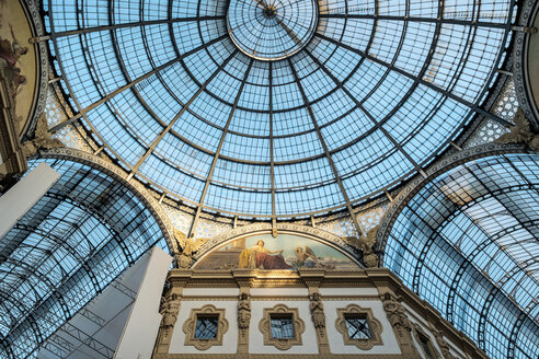 Italy, Milan, glass dome of Galleria Vittorio Emanuele II - HAM000024