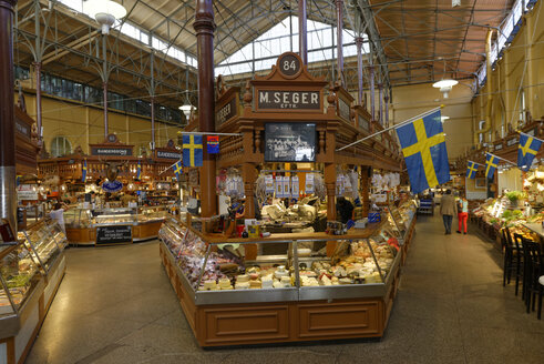 Sweden, Stockholm, Oestermalm, Market hall Saluhall in Nybrogatan - LB001105
