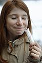 Girl enjoying marshmallow - LBF001102