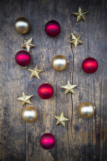 Christmas decoration on dark wood - LVF003163