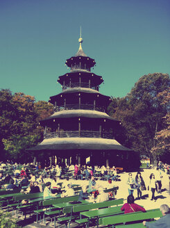 Chinese Tower in English Garden, Munich - LH000459