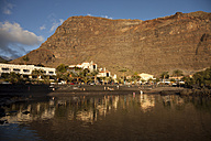 Spain, Canary Islands, La Gomera, Valle Gran Rey, black beach Baby Beach in La Puntilla - PCF000146
