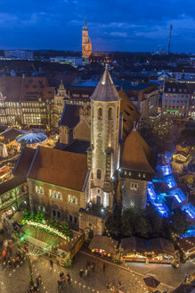 Germany, Lower Saxony, Braunschweig, Christmas market in the evening - PVCF000397