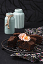 Brownies with roses of sugar - MYF000977