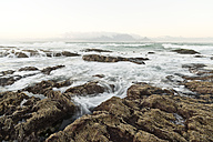 South Africa, Cape Town, sunrise at Bloubergstrand - CLPF000072