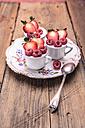 Dessert with raspberries and strawberries - VTF000411