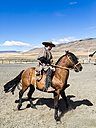 Chile, Patagonia, riding gaucho - STS000758