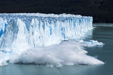 Argentina, Patagonia, Perito Moreno Glacier and Argentino Lake at Los Glaciares National Park - STSF000770