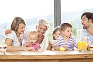 Extended family having breakfast together - MFRF000207