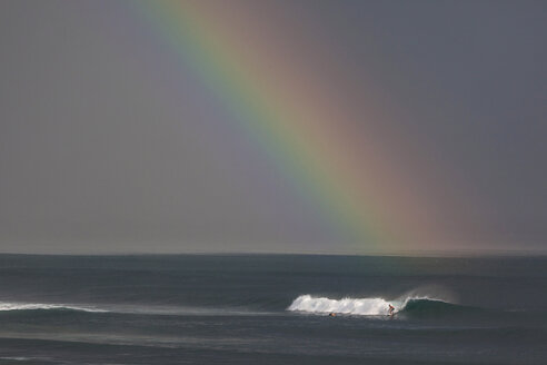 Indonesia, Bali, Surfing a wave - KNTF000028