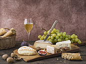 Cheese platter with camembert, walnut cheese, gorgonzola, taleggio and champagne - ECF001823
