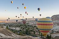 Turkey, hot air ballons in Cappadocia - KEB000162