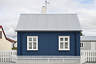 Iceland, Eyrarbakki, small blue one-family house - KEBF000179