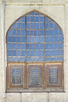 Iran, Shiraz, window in the courtyard of Arg of Karim Khan - FLF000940