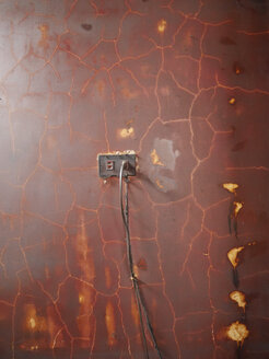 Old wall, socket and power cable - JMF000339