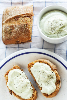 Bread slices with avocado dip - EVGF001698