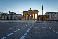 Germany, Berlin, Brandenburg Gate at dawn - ASCF000128