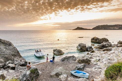 Greece, Corfu, Agios Georgios bay in the evening - EGB000036