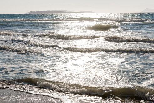 Greece, Corfu, Arillas beach in the evening - EGBF000047