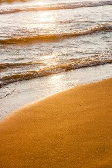 Greece, Corfu, Arillas beach in the evening - EGBF000058