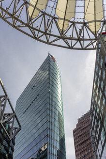 Germany, Berlin, Potsdamer Platz, Sony Center, View to Bahntower - EGB000089