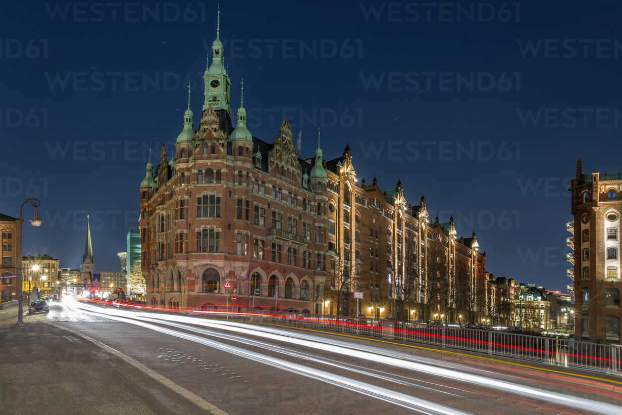 Germany, Hamburg, buildings in the old Warehouse District - NKF000255 - Stefan Kunert/Westend61