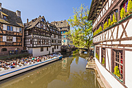 France, Strassbourg, Half-timbered houses at Ill river - WD003106