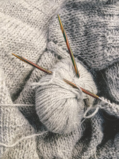 Hand knitted sweater and knitting equipment, Munich Germany - FLF001024