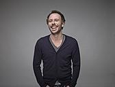 Portrait of laughing man - RH000871