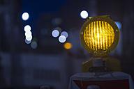 Germany, Berlin, warning light at construction site - FRF000262