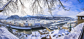 Austria, Salzburg State, Salzburg, View to old town with Hohensalzburg Castle - AMF004053