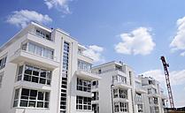 Germany, Dortmund-Hoerde, Modern apartment houses - GUFF000122