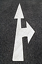 Road marking, Arrows, right and straight ahead - TCF004688
