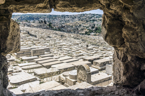 Israel, Jerusalem, View from Mount Olivet over Jewish cemetary - WEF000344