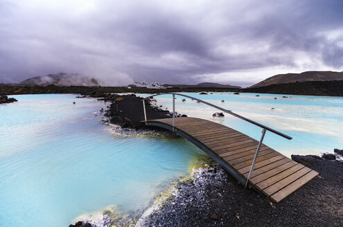 Iceand, Blue Lagoon under cloudy sky - SMAF000342