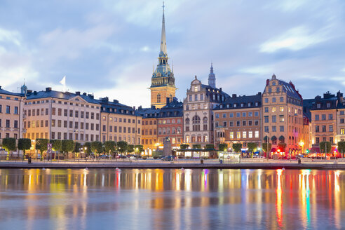 Sweden, Stockholm, View to Gamla Stan with German Church in the evening light - MSF004675