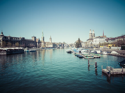 Switzerland, Zurich, Cityscape, View to Limmat river - KRPF001523