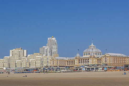 Netherlands, The Hague, Scheveningen, Beach with historic Kurhaus, Hotel - MELF000065