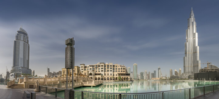 United Arab Emirates, Dubai, Panoramic view of Burj Khalifa, Burj Khalifa Lake, Souk Al Bahar and The Adress - NKF000275