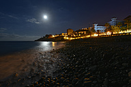 Portugal, Madeira, Coastal town, beach at night - FDF000113
