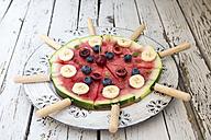 Watermelon pizza, banana, blueberries, cherries, mint - SARF002015