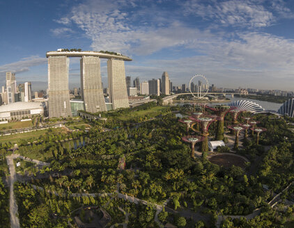 Singapore, Gardens by the bay, Marina Bay Sands hotel in background - EA000010