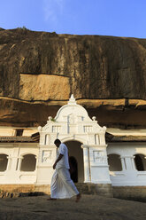 Sri Lanka, Dambulla, cave temple, Golden Temple of Dambulla - EA000007