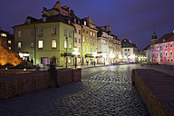 Poland, Warsaw, historic city centre by night - ABOF000023