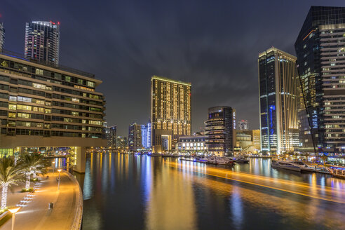 UAE, Dubai, view of Dubai Marina at night - NKF000293