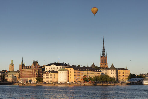 Sweden, View towards Riddarholmen, part of Gamla Stan, the central old town of Stockholm - ZMF000407