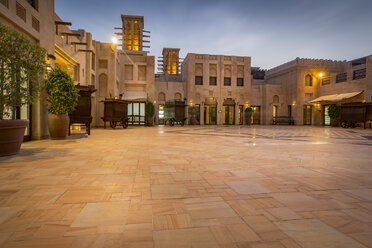 United Arab Emirates, Dubai, Atrium of Souk Madinat in the evening - NKF000283
